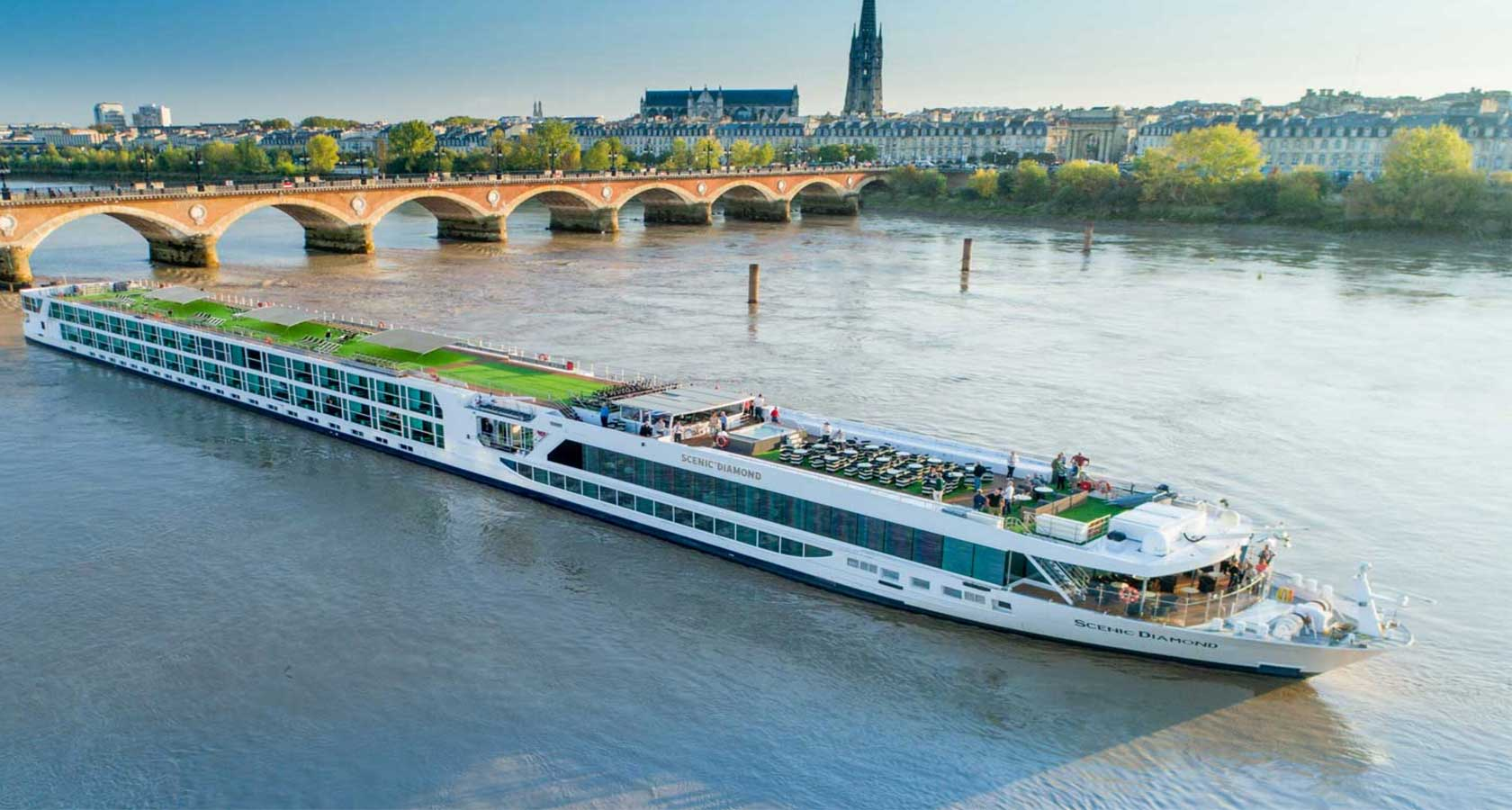 LUXURY RIVER HONEYMOON CRUISES