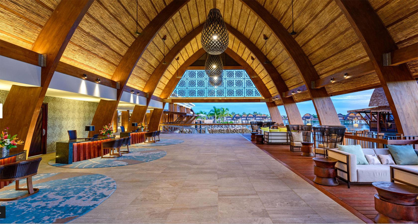 FIJI RESORT MARRIOTT MOMI BAY reception area